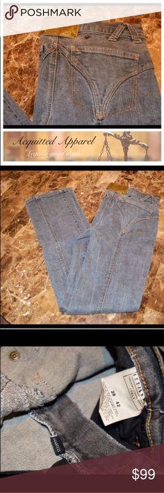 "Dolce & Gabbana Grey Straight Leg Jeans Dolce & Gabbana Original Denim Jeans Dark Grey Wash Size 28 42 Fits like a US 27 to me.  Approx. 32"" inseam Dolce & Gabbana Jeans Straight Leg"