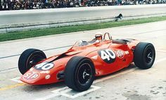 Parnelli Jones drove an STP-Paxton Turbine car and came within a few laps of winning the 1967 Indy 500 for team boss Andy Granatelli. Indy Car Racing, Indy Cars, Road Racing, Formula 1, Parnelli Jones, 500 Cars, Lotus, Grid, Indianapolis Motor Speedway