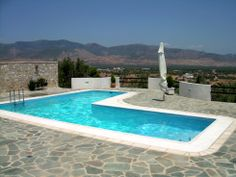 What a great vacation house in Megara, Greece. The pool area was great.