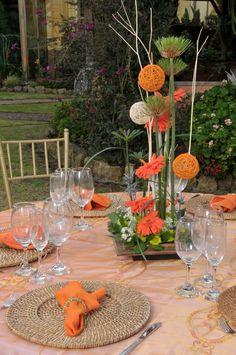 wicker place mats, orange decoration