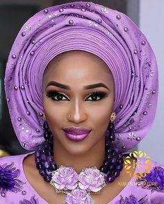 The beautiful shades of Makeup and Gele: @kujussignature Aso Oke: @ariesbeadnasooke Beads: @tavinbeads (4D illusion)