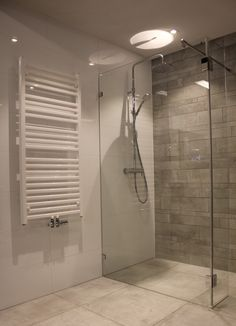bathroom remodel shiplap is categorically important for your home. Whether you choose the serene bathroom or remodeling bathroom ideas diy, you will create the best bathroom towel ideas for your own life. Small Bathroom Storage, Bathroom Design Small, Bathroom Interior Design, Bathroom Ideas, Serene Bathroom, Bathroom Towels, Amazing Bathrooms, Toilet, Bathtub