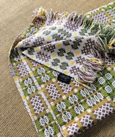 Weaving Textiles, Weaving Patterns, Tapestry Weaving, Welsh Blanket, Rug Hooking, Home Textile, Welsh English, Hand Weaving, Welsh Cottage