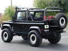 1995 Land Rover Defender 90 w/ mods