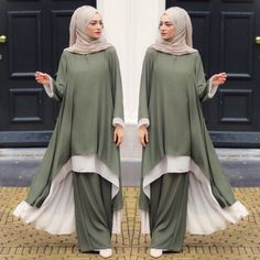 Available on Pre orders please inbox us for the order. Muslim Women Fashion, Arab Fashion, Islamic Fashion, Modest Fashion, Muslim Dress, Hijab Dress, Moda Hijab, Moslem Fashion, Hijab Fashionista