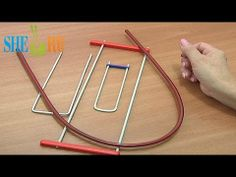 Hairpin lace crochet - Tutorial 1 - Tools - You Tube - Sheru Knitting Hairpin Lace Crochet, Hairpin Lace Patterns, Broomstick Lace Crochet, Loom Crochet, Crochet Tools, Crochet Videos, Knit Or Crochet, Loom Knitting, Crochet Stitches