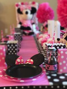 Check out the table settings at this adorable Twodles Minnie Mouse birthday party! See more party ideas and share yours at CatchMyParty.com