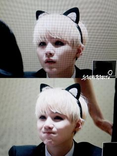 BTS fansign event ❤ Suga is such a cute kitty cat