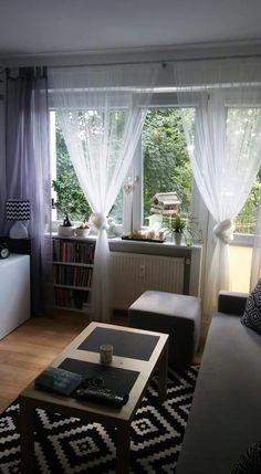 Mały salon w bloku:) House Design, Curtains, Living Room, Home Decor, Pretty, Blinds, Decoration Home, Room Decor, Home Living Room