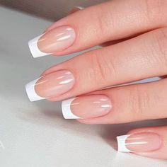 21 Extraordinary French Manicure For Your Mani To Be Elegant And Stylish French Nails French Tip Acrylic Nails, French Tip Nail Designs, French Manicure Nails, Best Acrylic Nails, Nail Art Designs, Nails Design, Classic French Manicure, Short French Tip Nails, White Tip Nails