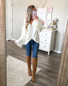 When you find the perfect bell sleeve sweater AND it has the cutest lace up back🙌🏽🙌🏽 I'm obsessed and just ordered it in yellow! Mom Outfits, College Outfits, Girly Outfits, Sweater Outfits, Fall Outfits, Summer Outfits, Casual Outfits, Cute Outfits, Teenager Outfits