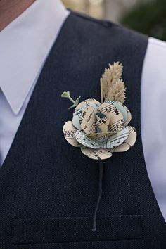 DIY Paper Flower Boutonniere Handmade boutonniere made by the bride out of vintage sheet music Paper Flowers Wedding, Wedding Paper, Fabric Flowers, Wedding Bouquets, Our Wedding, Dream Wedding, Origami Wedding, Book Page Crafts, Wedding Crafts