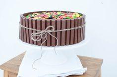 sjokoladekake med kvikk lunsj og non stop