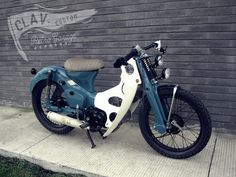 Honda Cub - amazing photo gallery, some information and specifications, as well as users rating and price Honda Cub, Vintage Moped, Retro Bike, Motos Honda, Honda Bikes, Custom Bikes, Custom Moped, Cafe Racing, Motorcycle Manufacturers