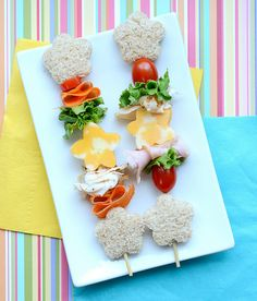 Sandwich on a stick, what a cute idea!!--  cutefoodsandwichonastick by kirstenreese, via Flickr