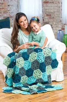 Ravelry: Flower Throw pattern by Marianne Forrestal. Free pattern by Red Heart.