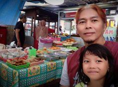 sore2 musim hujan, nyari jajanan di Food Court Pasar legi Parakan - 19 Oktober 2017