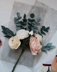 An elegant bouquet wrapping flowers bouquet Bouquet WrappIng Flower Bouquet Diy, Bouquet Wrap, Diy Wedding Bouquet, Paper Bouquet Diy, Single Flower Bouquet, Food Bouquet, Bouquet Box, Dahlia Bouquet, Hydrangea Bouquet