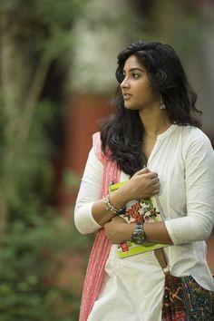 Karthika Muralidaran kerala actress