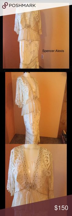 SPENCER ALEXIS 3 piece dress. ❌❌ SALE Beautiful, 3 piece boho style dress....mother of the bride or any occasion.  Worn only once, it is beautiful creme and gold, and pictures do not do it justice !  Bought in a boutique on the Oregon coast.....really a beautiful dress that will only bring you compliments  Spencer Alexis Dresses Wedding