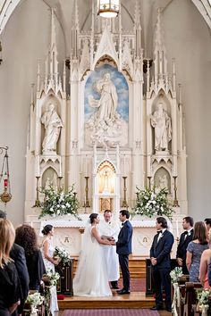 The Ultimate Wedding Ceremony Planning Guide - The Pink Bride Traditional Catholic Wedding Wedding Ceremony Ideas, Church Ceremony, Wedding Ceremonies, Christian Wedding Ceremony, Wedding Chapels, Wedding Shot, Wedding Dj, Wedding Bible, Catholic Wedding