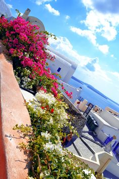 Beautiful Oia, Santorini, Greece