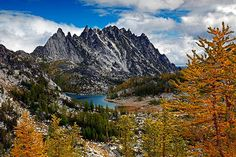Beautiful alpine lakes with sweet fall color! Can't get enough pictures of this area. The Enchantments, Hidden Garden, Alpine Lake, Land Of Enchantment, Travel List, Pacific Northwest, Mount Rainier, Wilderness, Enchanted