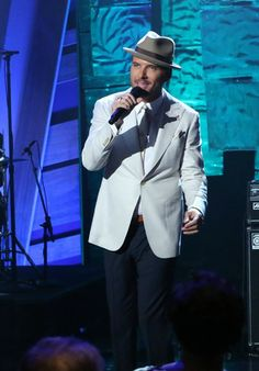 Matt Goss compiled some of his favorite songs for a #QLShowRadio playlist!