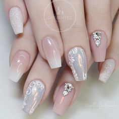21 Cool Coffin Shape Nails Designs to Copy in 2018 ❤ Exquisite Nude Coffin Nails picture 3 ❤ Coffin shape nails look very sophisticated. They make your hands look more slender. Use our nail design ideas or create your own ones! Glam Nails, Diy Nails, Beauty Nails, Cute Nails, Pretty Nails, Nail Nail, Nail Designs Easy Diy, Nail Art Designs, Bridal Nails