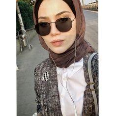 "3,480 Likes, 35 Comments - TuğçeBayıroğlu  (@tgcbyrgl) on Instagram: ""Elbisemin naifliği @birgulbektastasarim """