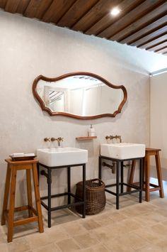 bathe :: custom steel frame for basins Isay Weinfeld : Las Piedras Hotel : Lobby & Restaurant : Punta del Este : Uruguay Restaurant Bad, Restaurant Bathroom, Bungalows, Best Interior, Home Interior Design, Interior Architecture, Hotel Lobby, Industrial Bathroom, Bathroom Interior