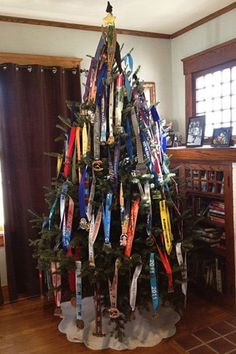 running medal Xmas tree! Awesome!