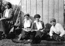 De Romanov familie terwijl ze gevangen waren.