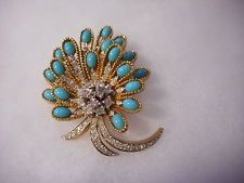 Jomaz Turquoise Cabochon Rhinestone Gold Tone Floral Spray Pin Brooch Vintage