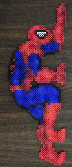 Perler and Artkal fuse bead Spider-Man by PkmnMasterTash/pkmnmastertash-creations/Natasha Lazaravich