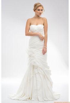 Robe de mariée Maxima 2513 2013 Sheath Wedding Gown, Buy Wedding Dress, One Shoulder Wedding Dress, Wedding Gowns, Pretty Flower Girl Dresses, Chapelle, Marie, Girls Dresses, African