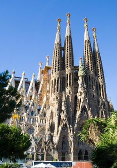 Sagrada Familia, Barcelona, Spain    privately funded Roman Catholic Church, recently completed