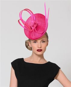 Philip Treacy Sweaping buntal bow Cappelli Da Fascinator 7e60e7aad0cd