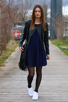 Ma petite robe bleue | allybing.com | #outfit #casual #look #inspi #tenue #fashion #blog #suisse