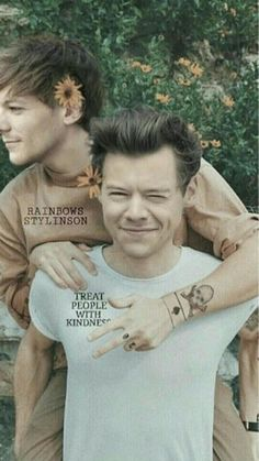 One Direction Harry, One Direction Pictures, Great Love Stories, Love Story, Larry Shippers, Harry Styles Baby, Harry Styles Pictures, Harry Styles Wallpaper, Louis And Harry
