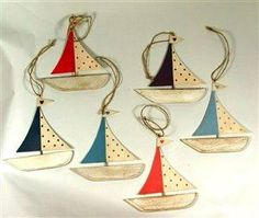 Seaside Gifts - maritime and nautical gifts and beach decorations in the UK, coastal decor for house, boat decorations, hanging fish ornamen...
