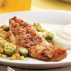 Louisiana Catfish with Okra & Corn.minus the okra. Catfish Recipes, Okra Recipes, Seafood Recipes, Cooking Recipes, Ww Recipes, Cajun Recipes, Dinner Recipes, Group Recipes, Shellfish Recipes