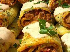 Sertésszűz krumplis palacsintába töltve | Fejes Anikó receptje - Cookpad receptek Tacos, Turkey, Chicken, Meat, Ethnic Recipes, Food, Turkey Country, Essen, Meals