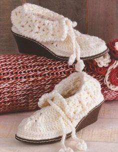 Zapatos a Crochet - Botines Cana de Voltear -> http://esquemas.ctejidas.com/2014/06/zapatos-crochet-botines-cana-de-voltear.html