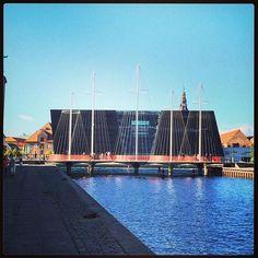 https://flic.kr/p/yJzMbq   #Copenhagen #København #cirkelbroen #voreskbh #delditkbh     13 Likes on Instagram