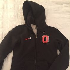 Ohio State zip-up sweatshirt Practically brand new Ohio State sweatshirt -- only been worn once. I have allegiances to other teams, otherwise this would be my favorite hoodie. Great quality and very soft. Nike Other