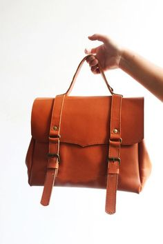 Gorgeous Handmade Vintage Tan Colour Cow Leather Satchel/Messenger/Handbag/Shoulder Bag