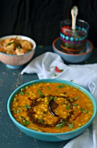 Lauki Chane ki Daal :: Bottle gourd with bengal gram :: Dudhi / Ghiya with Chana Dhal Lentil Recipes, Veg Recipes, Curry Recipes, Indian Food Recipes, Cooking Recipes, Crockpot Recipes, Indian Vegetarian Dishes, Vegetarian Curry, Recipes