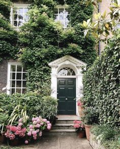 My inner landscape Interior Exterior, Exterior Design, Beautiful Homes, Beautiful Places, Hill Interiors, Grand Entrance, Home Decor Inspiration, Curb Appeal, Decoration