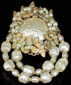 MIRIAM HASKELL Gorgeous Baroque Style Pearl Golden Leaves Vintage Pin